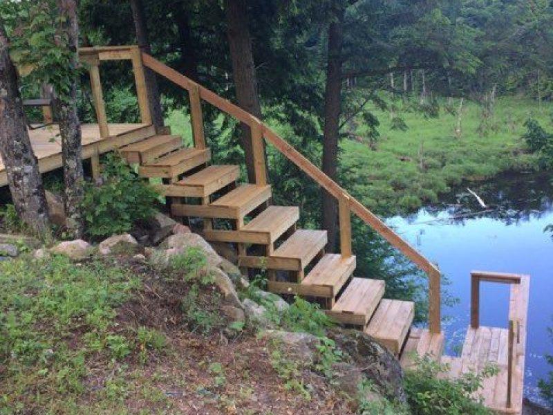 Réalisation DRAINSPEC construction descente d'escalier au lac